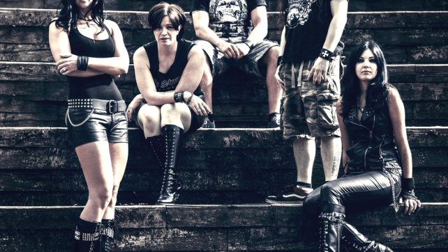 Triaxis release free single